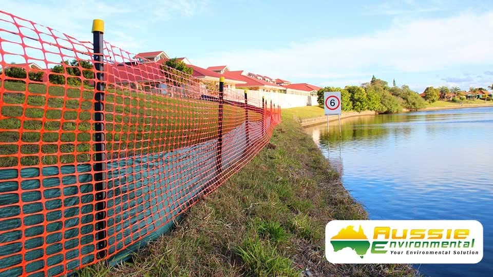 Silt Sediment Safety Barrier Fence Along River