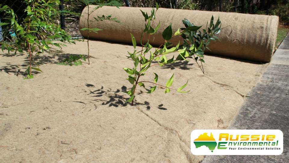 aussie erosion products erosion control blanket jute mat 750 gsm slitted.2 1