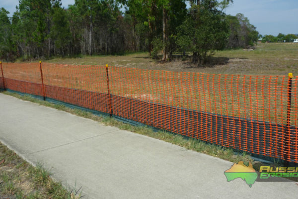 aussie-erosion-dust-fence-installation-silt-safety-combination-8