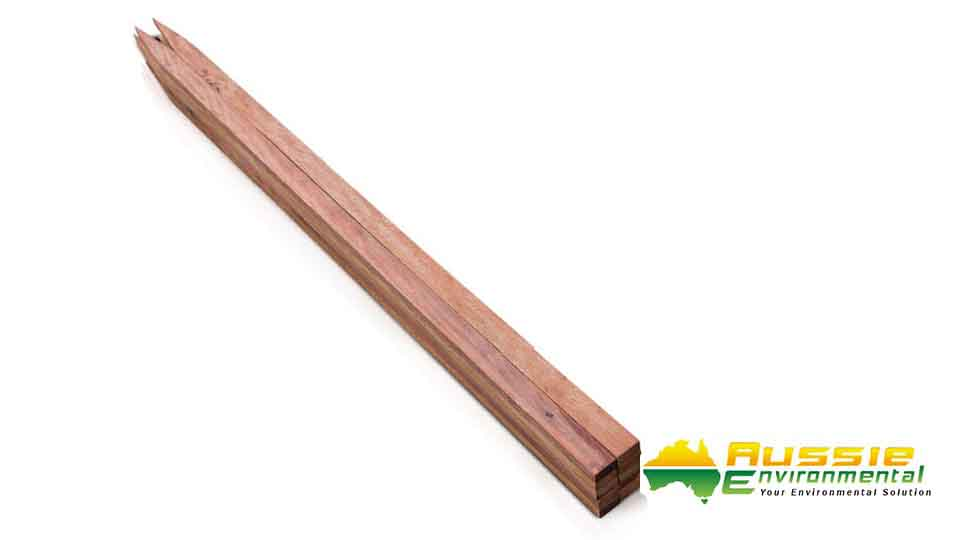 Timber Stakes tree guards 10 900mm Tree Guards Stakes Corflute